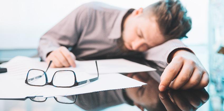 Estafa de fim de ano? 5 dicas para combater o cansaço no trabalho